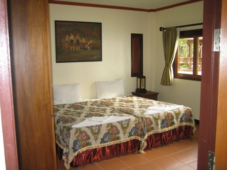 Lipa Lovely Resort - picture - family suite twin bed
