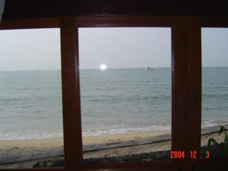 Lipa Lovely Resort - picture - superior beachfront view from inside